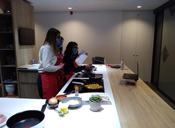 live cuisine